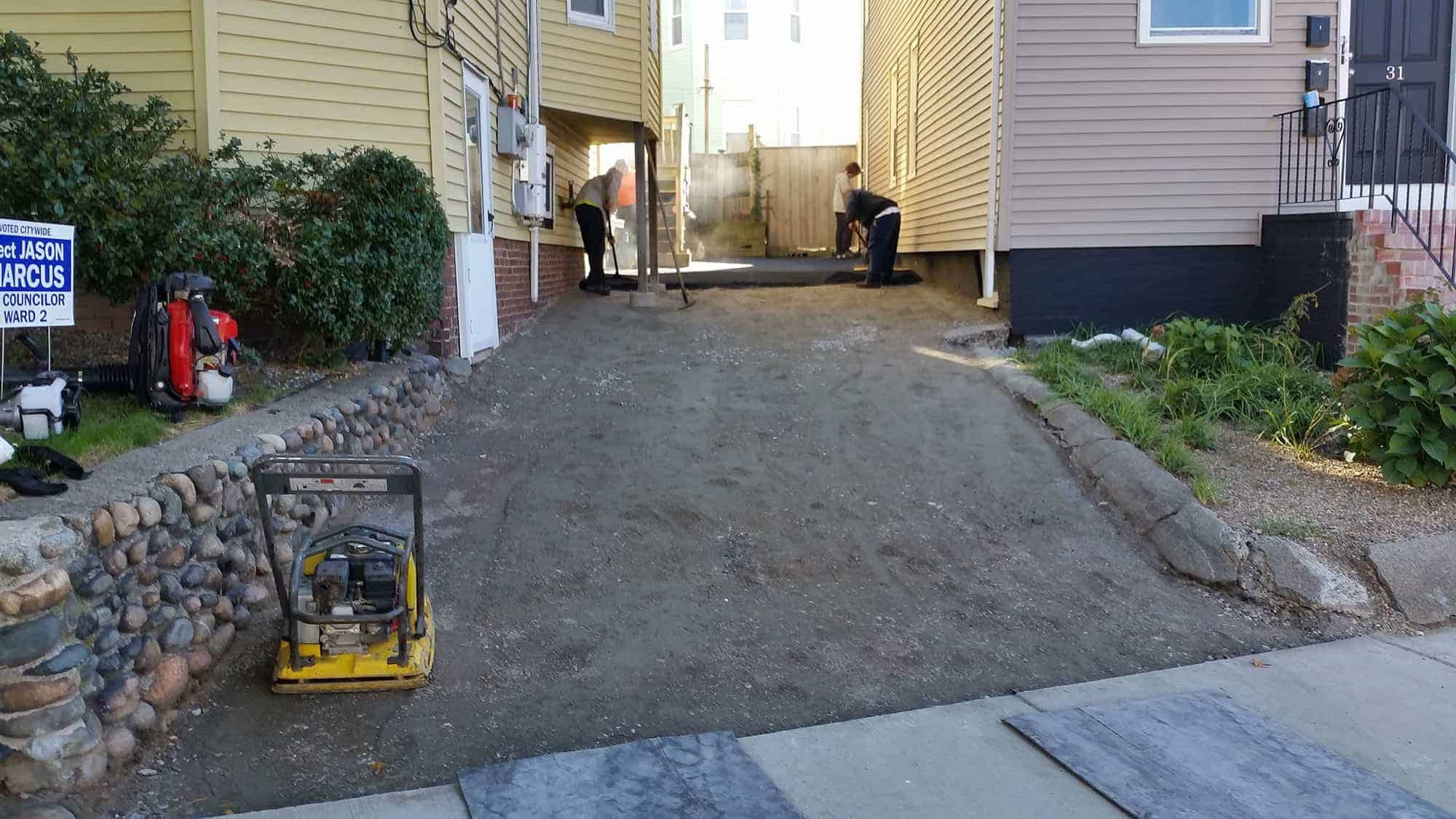 Asphalt driveway installation and repairs steve 39 s services for Can i paint asphalt driveway